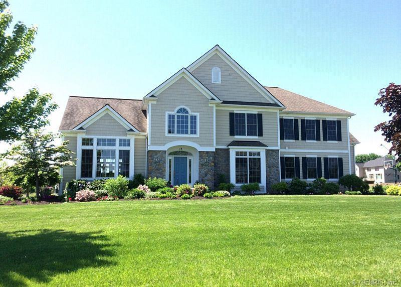 14 Dunnewood Court, Pittsford, NY 14534