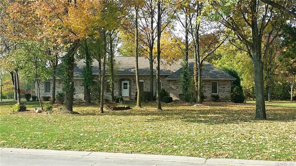 Brick & Mortar, Inground Pool, Almost 2 Acres, Dead End Street, In the country but minutes to Shopping!