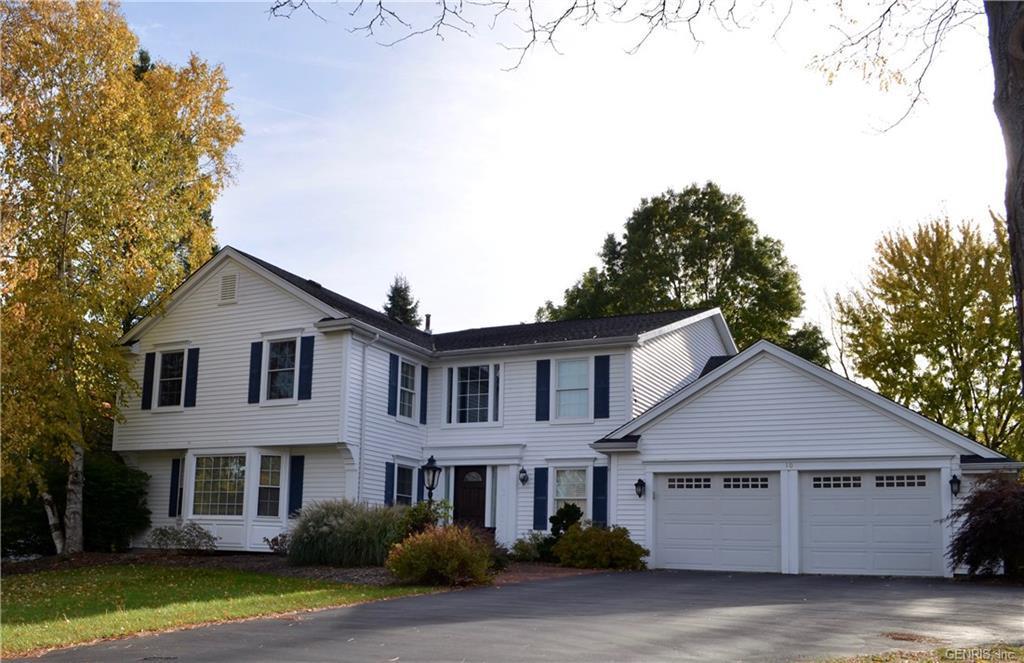 10 Summit Oaks, Pittsford, NY 14534