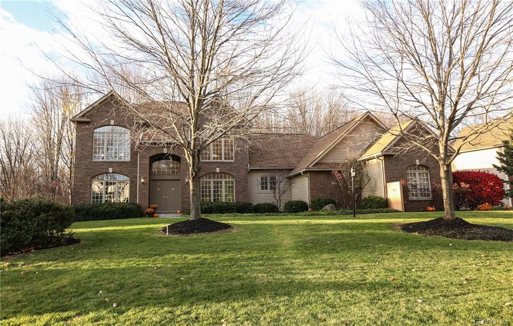 33 Sunleaf Drive, Penfield, NY 14526