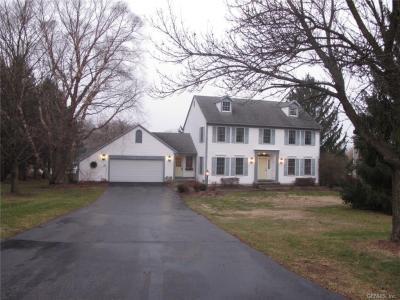 Photo of 31 Park View Drive, Pittsford, NY 14534