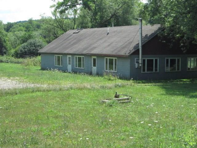 2013 County Route 32, Almond, NY 14804