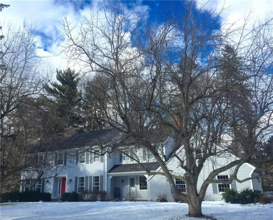 5 Old Landmark Drive, Pittsford, NY 14618