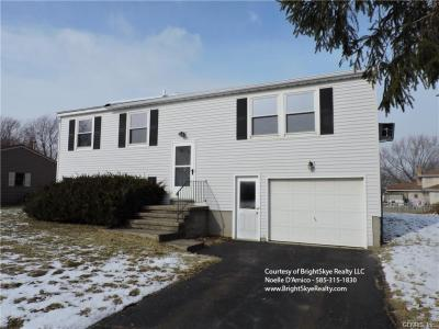 Photo of 22 Rolling Meadow Drive, Parma, NY 14468