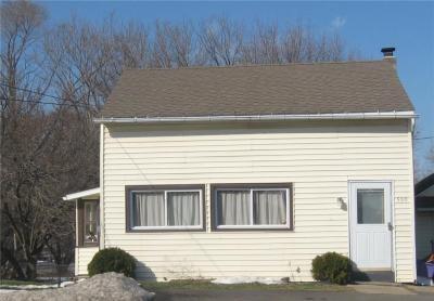 Photo of 590 Ridge Road, Webster, NY 14580