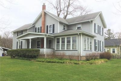 Photo of 342 Fairport Road, East Rochester, NY 14445