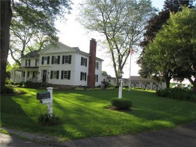 Photo of 135 Taylor Road, Mendon, NY 14472