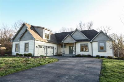 Photo of 1106 Canopy Trl, Webster, NY 14580