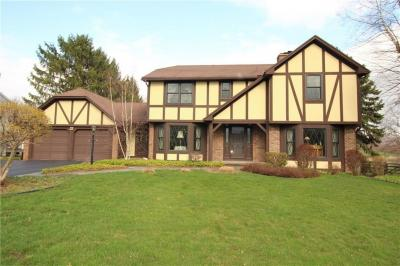 Photo of 22 Copper Woods, Pittsford, NY 14534