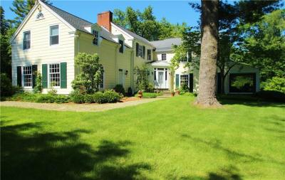 Photo of 905 Allens Creek Road, Pittsford, NY 14618