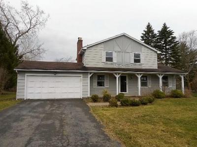 Photo of 537 Garnsey Road, Perinton, NY 14450