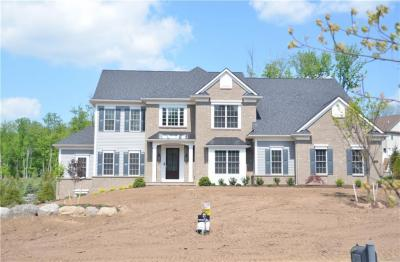 Photo of 34 Greythorne Hill, Pittsford, NY 14534