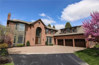 Photo of 15 Stonebridge Lane, Pittsford, NY 14534