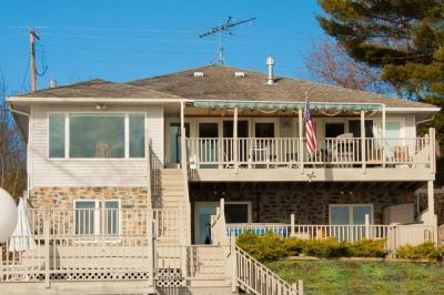 Photo of 1248 Arrowhead Beach Road, Torrey, NY 14441