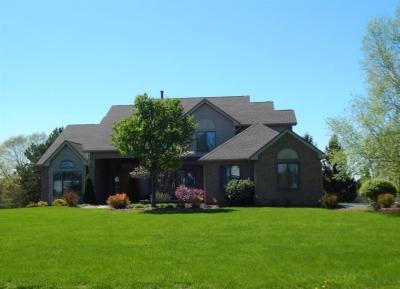 Photo of 31 Fox Hill Drive, Penfield, NY 14450