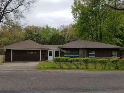 Photo of 128 East Ivy Street, East Rochester, NY 14445