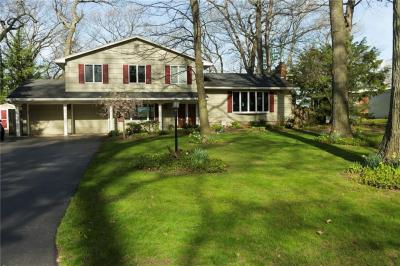 Photo of 701 Summit Drive, Webster, NY 14580