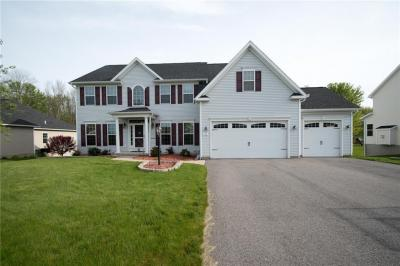 Photo of 94 Millford Crossing, Penfield, NY 14526