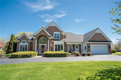 Photo of 17 Sunleaf Drive, Penfield, NY 14526