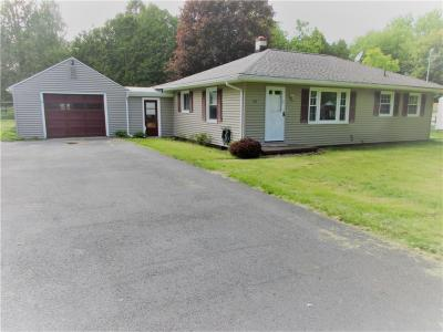Photo of 16 Orchard Park, Phelps, NY 14532