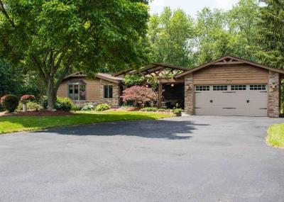 Photo of 723 Maple Drive, Webster, NY 14580