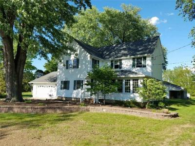 Photo of 504 Whiting Road, Webster, NY 14580