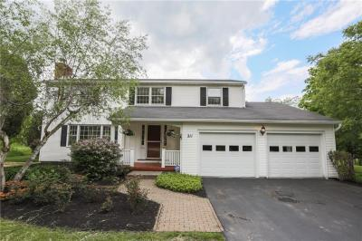 Photo of 211 West Bloomfield Road, Pittsford, NY 14534