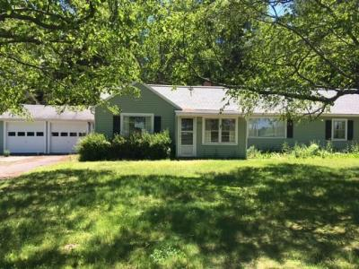 Photo of 669 Vosburg Road, Webster, NY 14580
