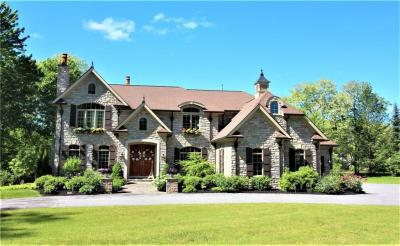 Photo of 1 Fitzmot Glen, Pittsford, NY 14534
