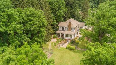 Photo of 504 Thomas Cove Road, Penfield, NY 14625