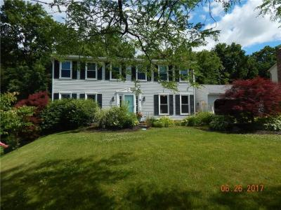 Photo of 16 County Clare Crescent, Perinton, NY 14450