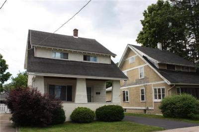 Photo of 242 West Avenue, East Rochester, NY 14445