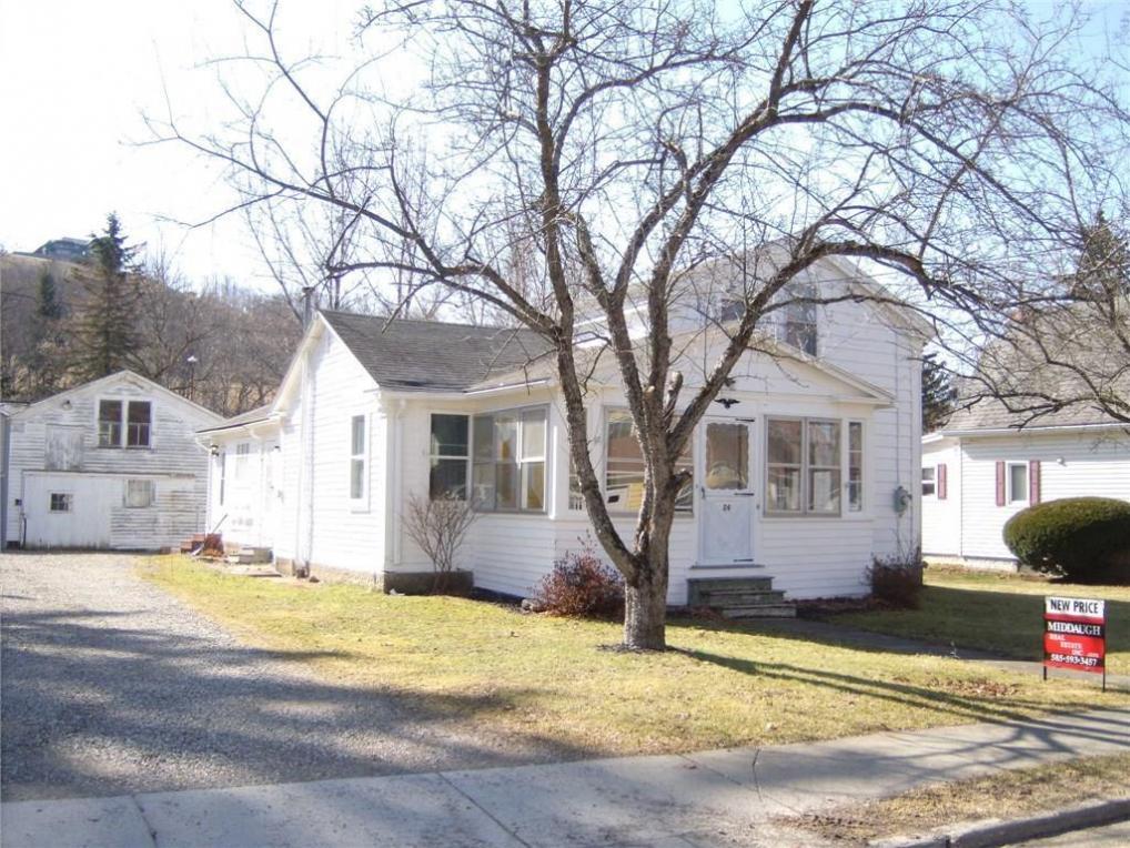24 Dyke Street, Andover, NY 14806