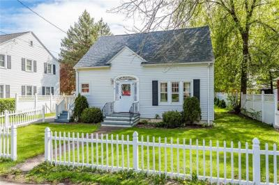 Photo of 7 Chestnut Street, Phelps, NY 14532