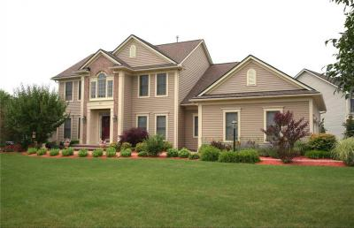 Photo of 37 Rollins Crossing, Pittsford, NY 14534