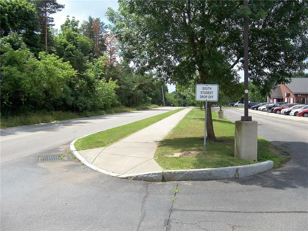 160 Densmore Road, Irondequoit, NY 14609