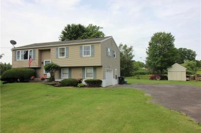 Photo of 4655 Williamson Road, Marion, NY 14505