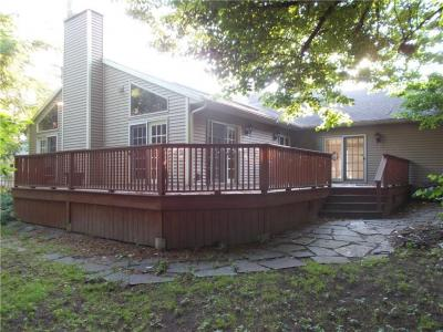 Photo of 51 Stoneleigh Court, Pittsford, NY 14618