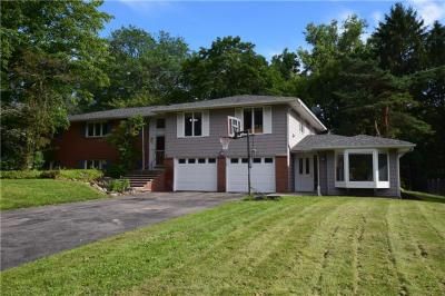 Photo of 35 Pineview Drive, Penfield, NY 14526