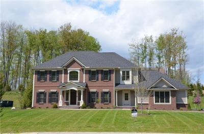 Photo of 28 Greythorne Hill, Pittsford, NY 14534