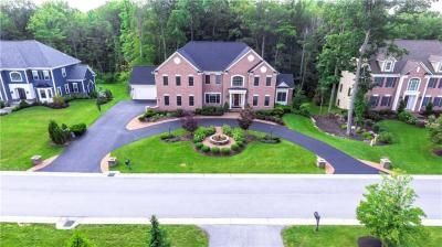 Photo of 27 Greythorne, Pittsford, NY 14534