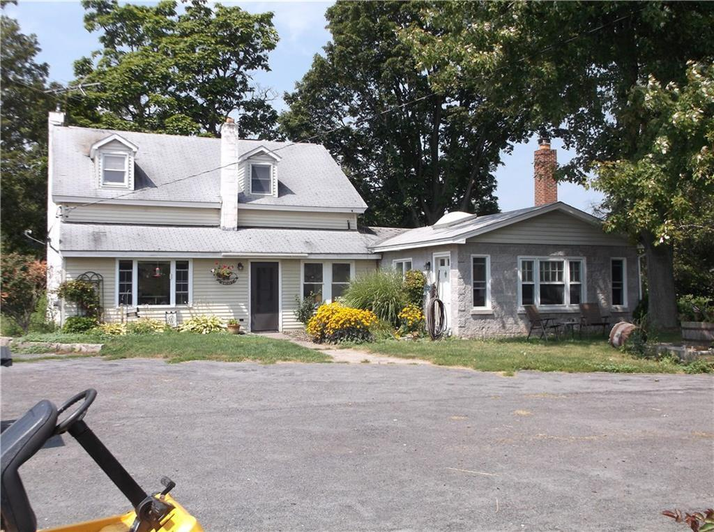 8048 Lasher Rd, Throop, NY 13140