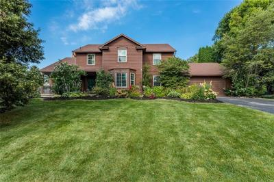Photo of 50 Copper Woods, Pittsford, NY 14534