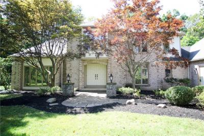 Photo of 22 Le Pere Drive, Pittsford, NY 14534