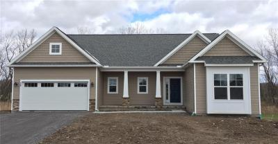 Photo of 1312 Hatch Road, Penfield, NY 14526