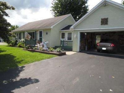 Photo of 7424 State Route 31, Lyons, NY 14489