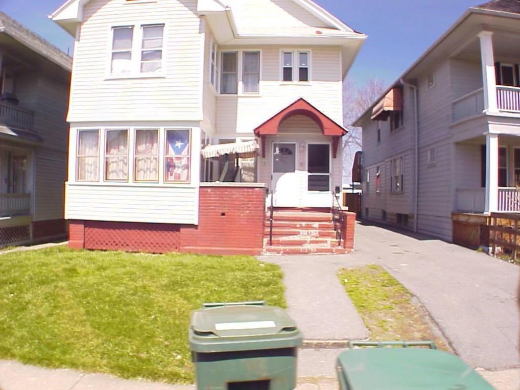 8 Trenaman Street, Rochester, NY 14621
