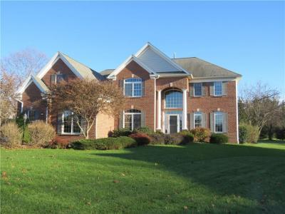 Photo of 23 Piccadilly, Penfield, NY 14625