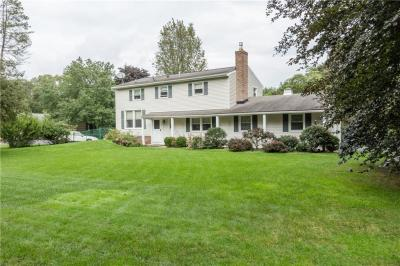 Photo of 35 Laureldale Drive, Pittsford, NY 14534