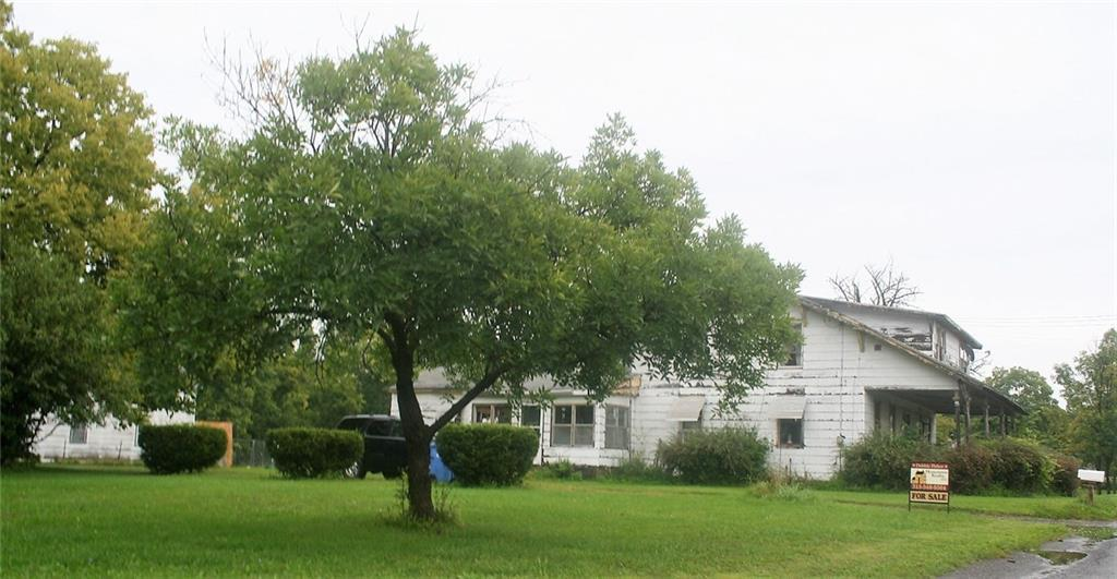 842 State Route 96, Phelps, NY 14532